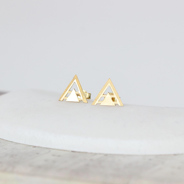 Cercei din aur 14K in forma de triunghi decupat – pentru dama