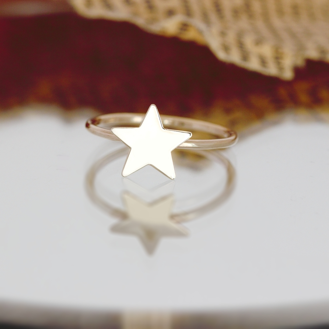Inel cu model steluta aur 14K pentru dama