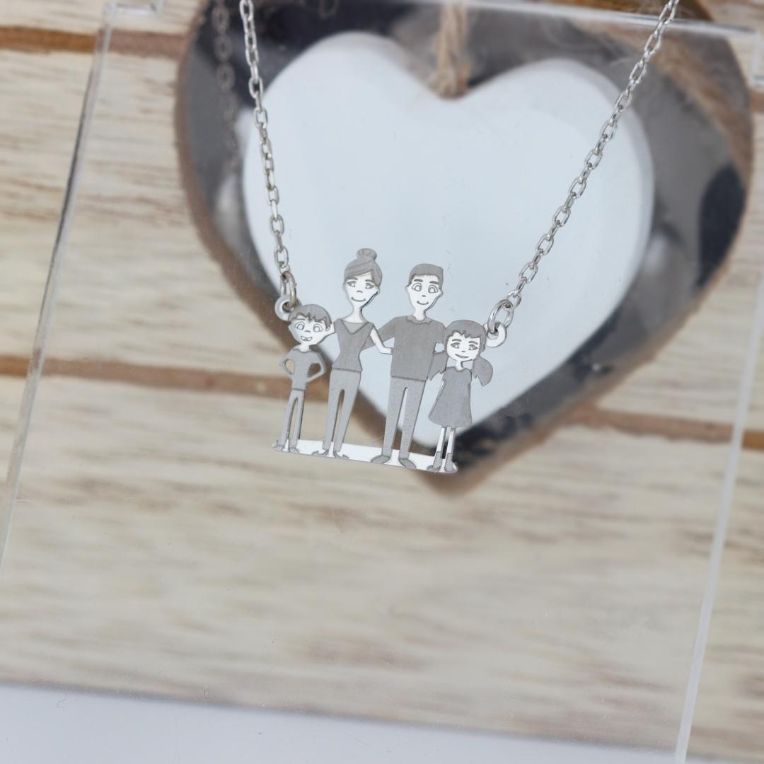 Colier familie patru membri din argint 925