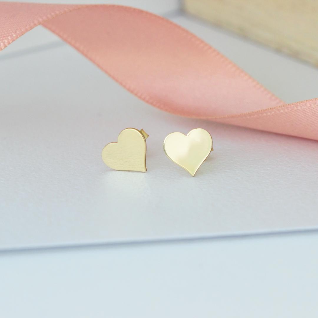 Cercei cu inima din aur galben, alb sau roz 14K – pentru dama